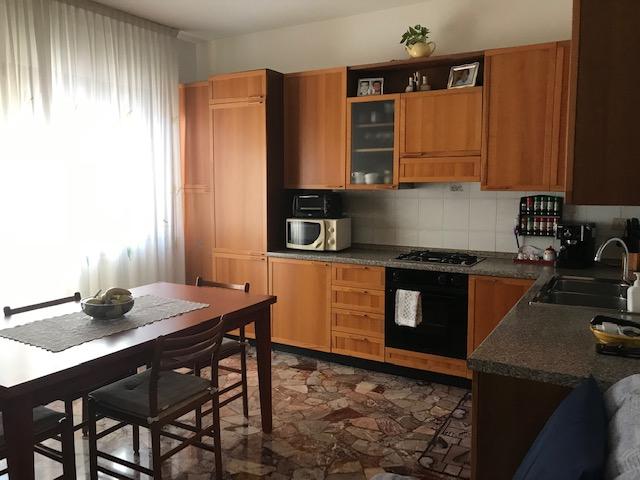 Appartamento a Borgo San Giovanni Quinto Piano LUMINOSO  in buon stato di conservazione